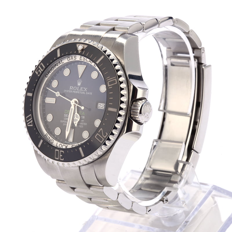 0223a07cd92 570 Certified Pre-Owned Luxury Watches for Sale | Bob's Watches
