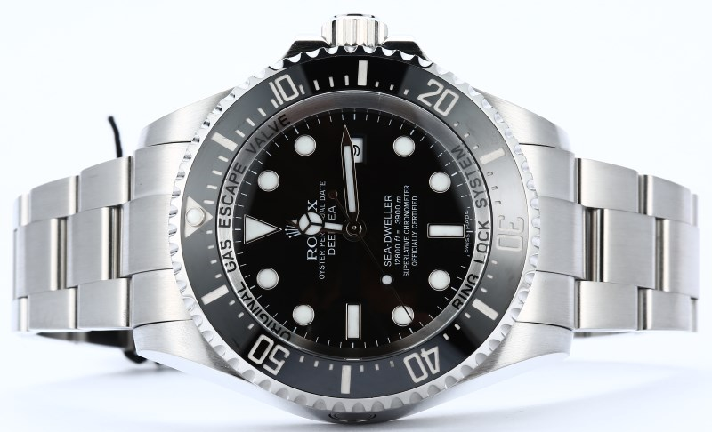 Rolex Deepsea Sea-Dweller 116660 Dive Watch