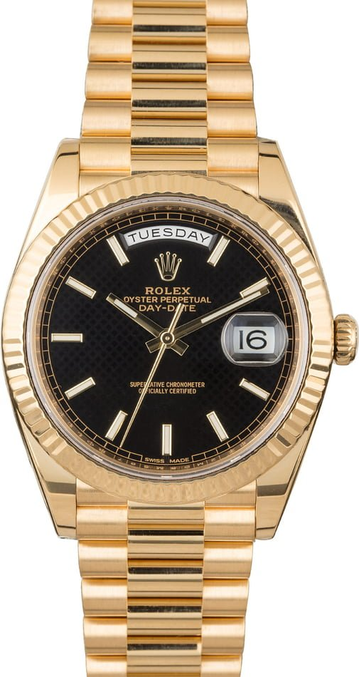 PreOwned Rolex Day-Date 40MM President 228238