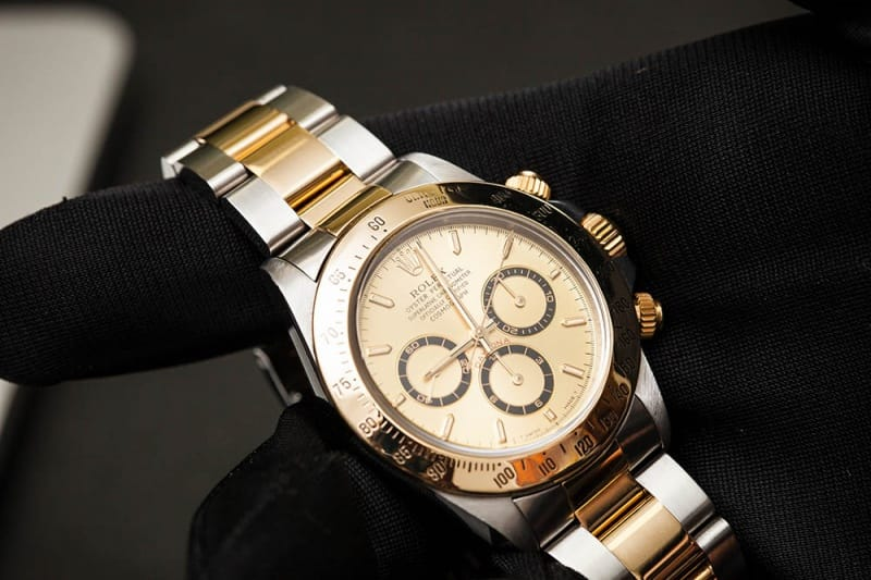 gold daytona watch
