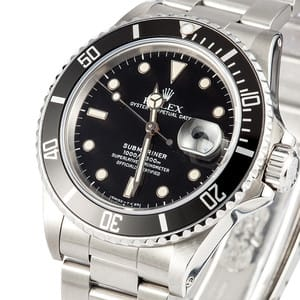 Pre-Owned Rolex Submariner 16800