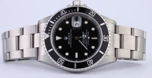 Pre-owned Rolex Men's Submariner Stainless Steel Black Dial 16610