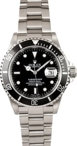 Pre-Owned Rolex Submariner 16610T No Holes Case