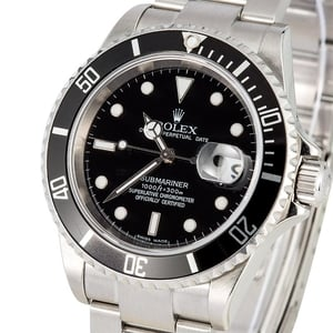 Rolex Submariner Black 16610T No Holes