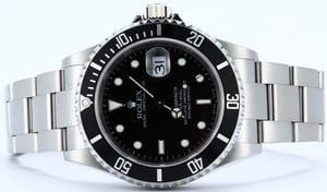 Rolex Submariner Steel 16610 No Holes Case