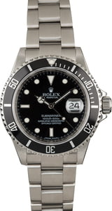 PreOwned Rolex Submariner 16610 Luminous Markers