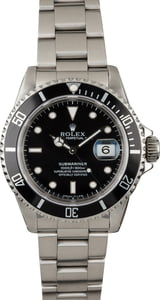 PreOwned Rolex 16610 Submariner