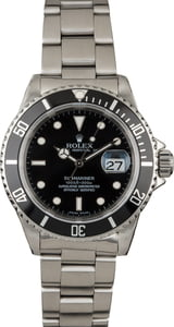 Pre-Owned Rolex Submariner 16610 Luminous Markers