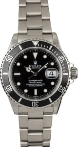 Pre-Owned Rolex Submariner 16610 Luminous