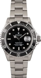 Pre-Owned Rolex Submariner 16610T Luminous Dial