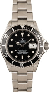 Pre-Owned Rolex Submariner Black 16610T No Holes