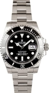 Pre Owned Rolex Submariner Black 116610