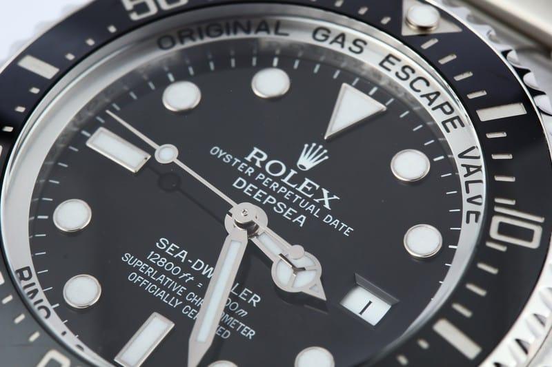 vintage rolex sea dweller 16660 Dial