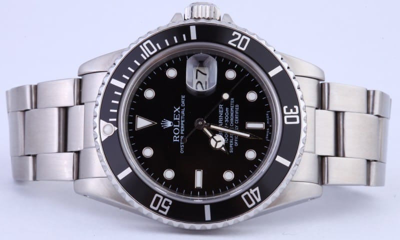 A Submariner 16800 shows up in License to Kill, a James Bond film.