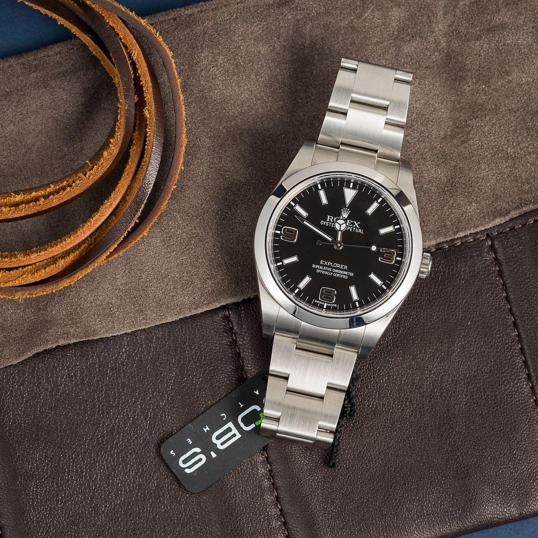 Authentic rolex explorer 214270 black dial for Rolex explorer