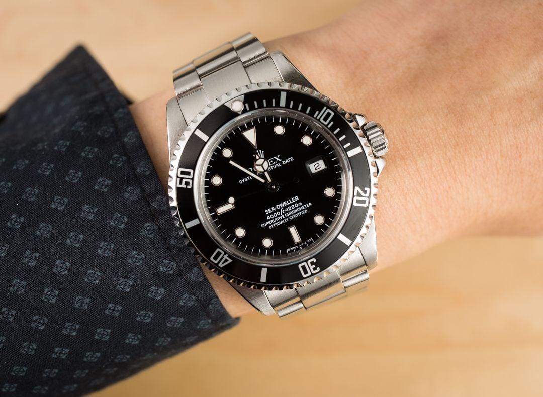 Men 39 s rolex sea dweller 16600 black bezel for Rolex sea wweller