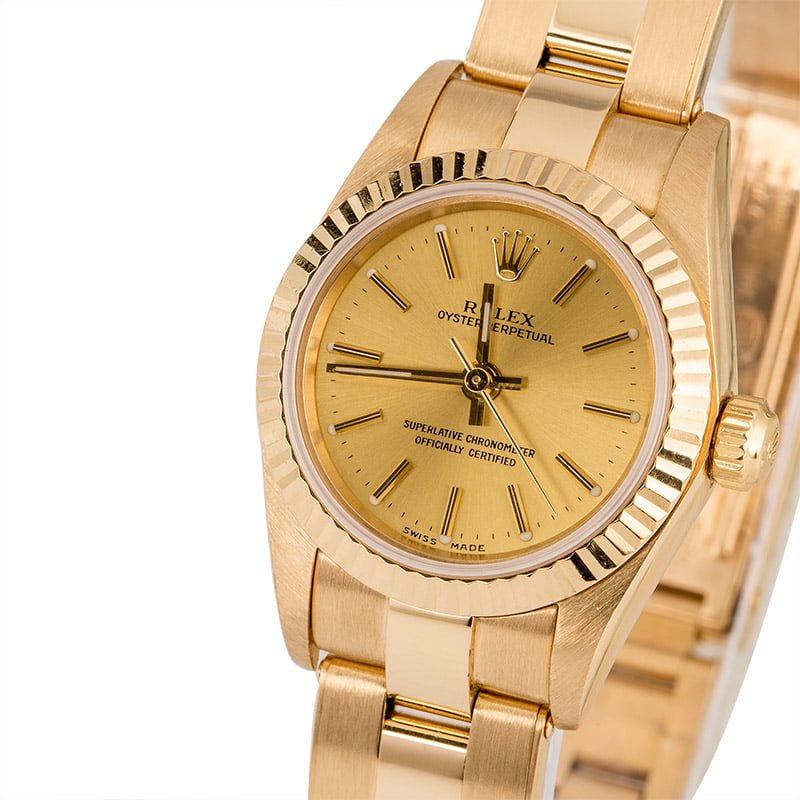 Oyster Perpetual 76198 18K Yellow Gold Oyster Rivet Champagne Dial, Circa  1999