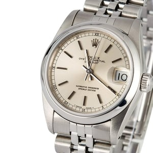 Mid-size Rolex Datejust 68240 Stainless