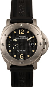 PreOwned Panerai Luminor Submersible PAM025