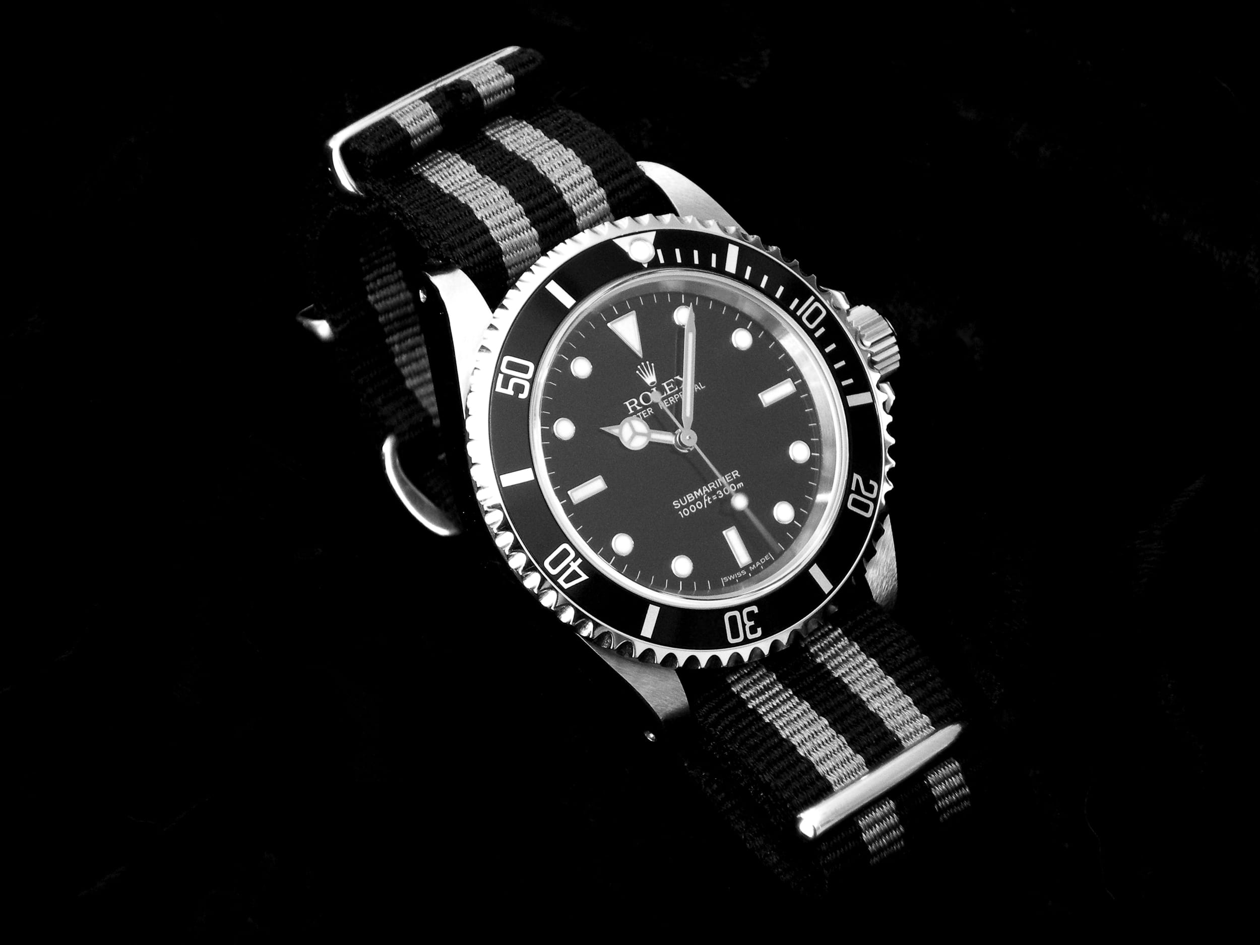 The benefits of rolex submariner watches bob 39 s watches for Submarine watches