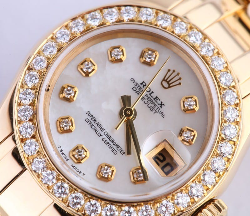 This DateJust is a perfect gift for Valentine's Day 2014.