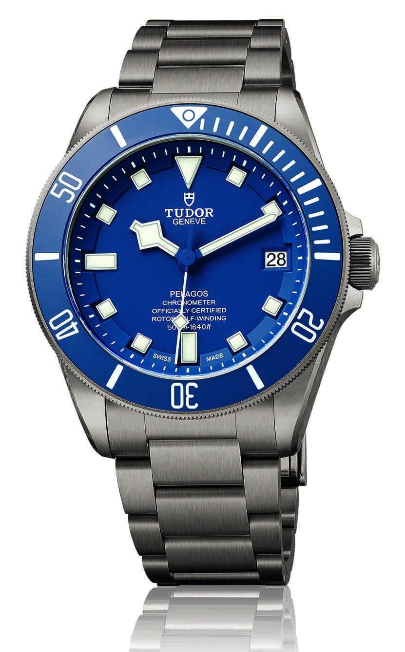 M25600TB-0001_blue_95820T_VW