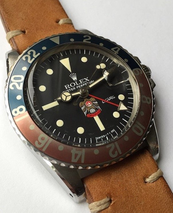 rolex gmt uae crest reference 1675