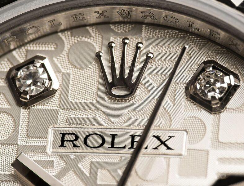 Macro-Rolex-Diamond-Dial