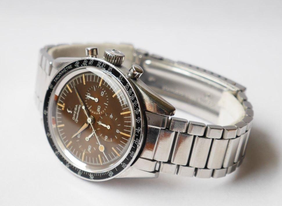 Omega Speedmaster Side Shot - Bob's Watches