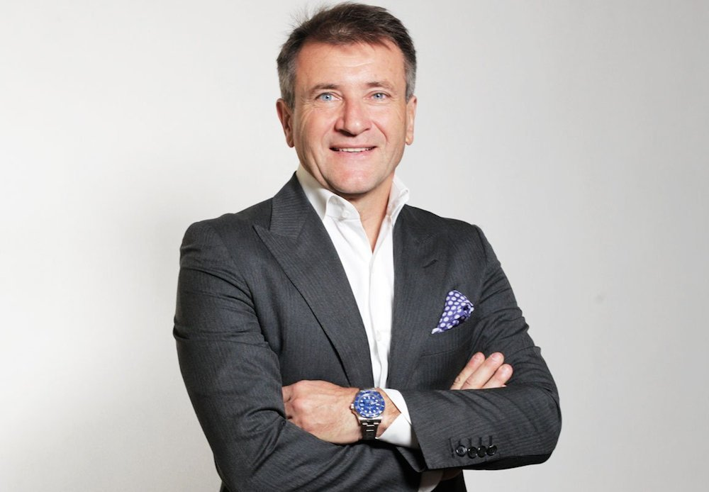 Robert Herjavec wearing his Rolex Submariner 116619