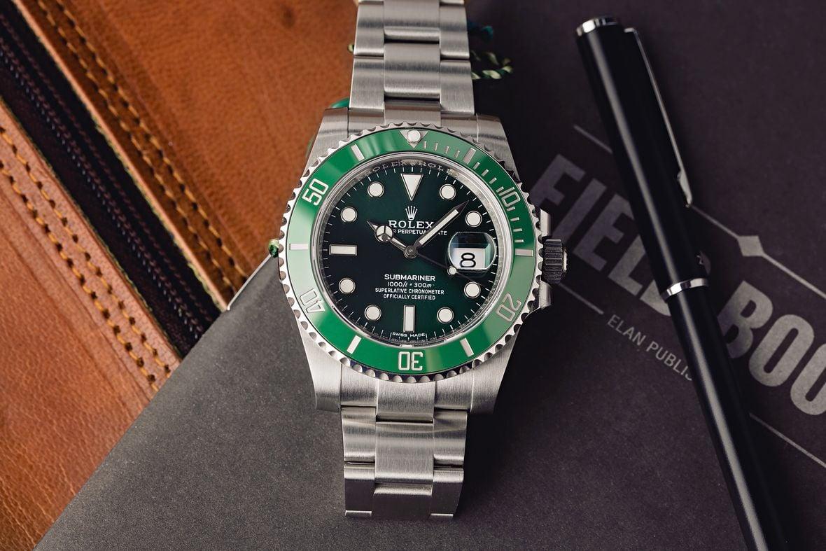 Rolex Submariner Hulk 116610LV Green Bezel Dial