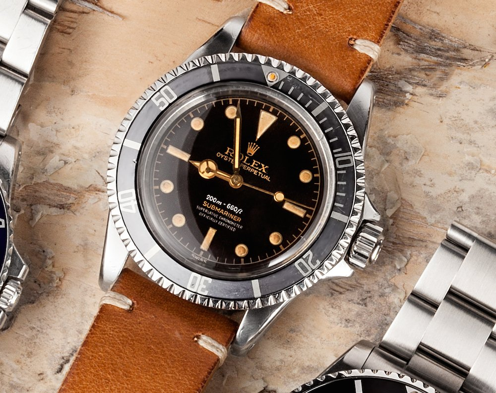 Bob's Watches have many other vintages that have Rolex Dials that are gilt.