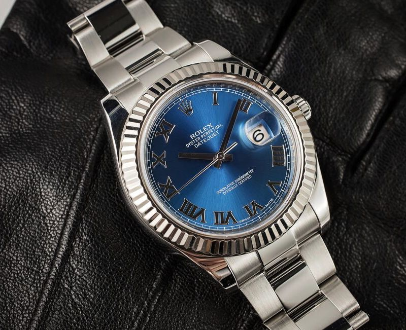 Looking at this Blue Rolex makes me want to play tennis.