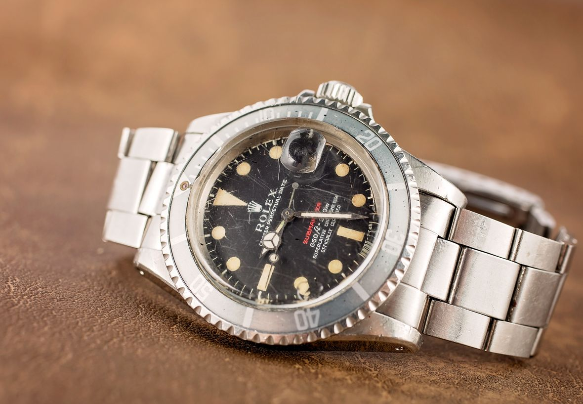 Polish or No Polish - Vintage Rolex Submariner 1680 Red Sub Ghost Bezel