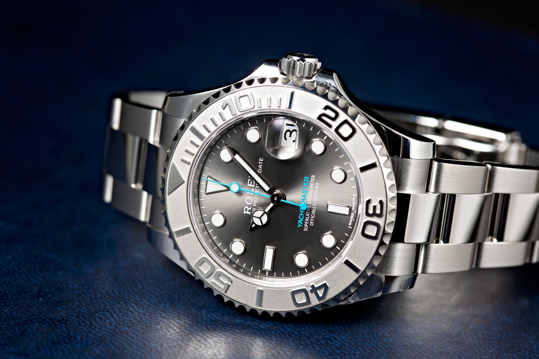 This yacht-master 37 from Bobs watches is brand new.