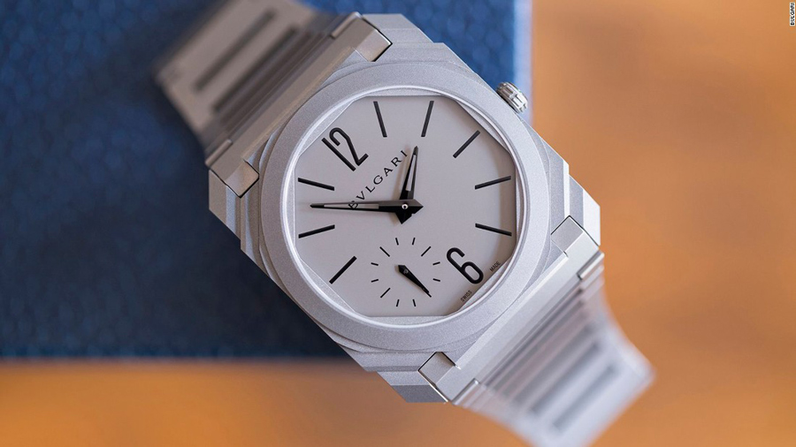 This Men's Watches in all white is perfect.