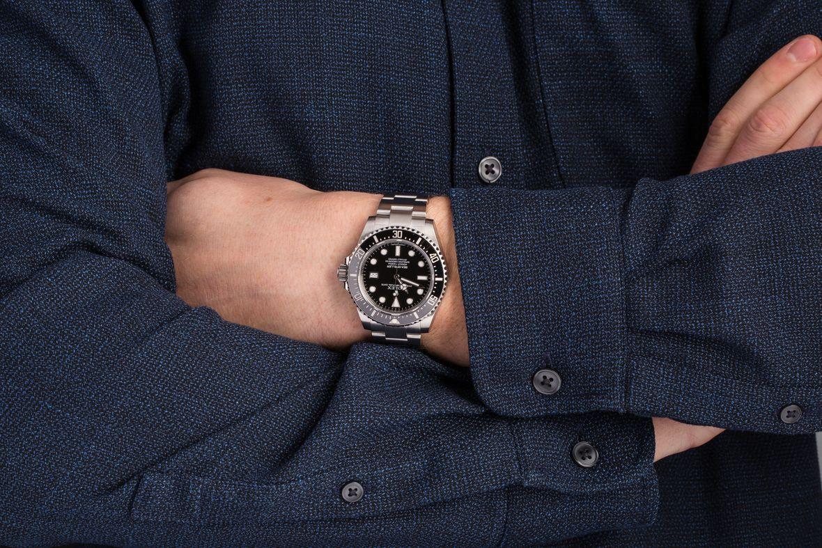 Rolex Sea-Dweller 4000 116600 Cerachrom Bezel Review