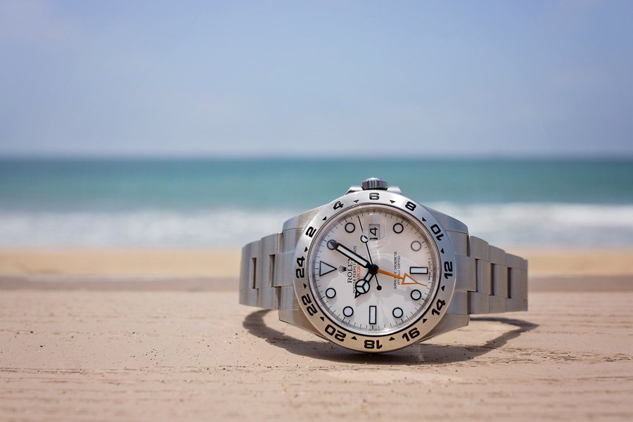 White Explorer II 216570