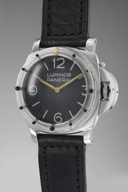 A Rare Panerai Luminor Ref. 6152