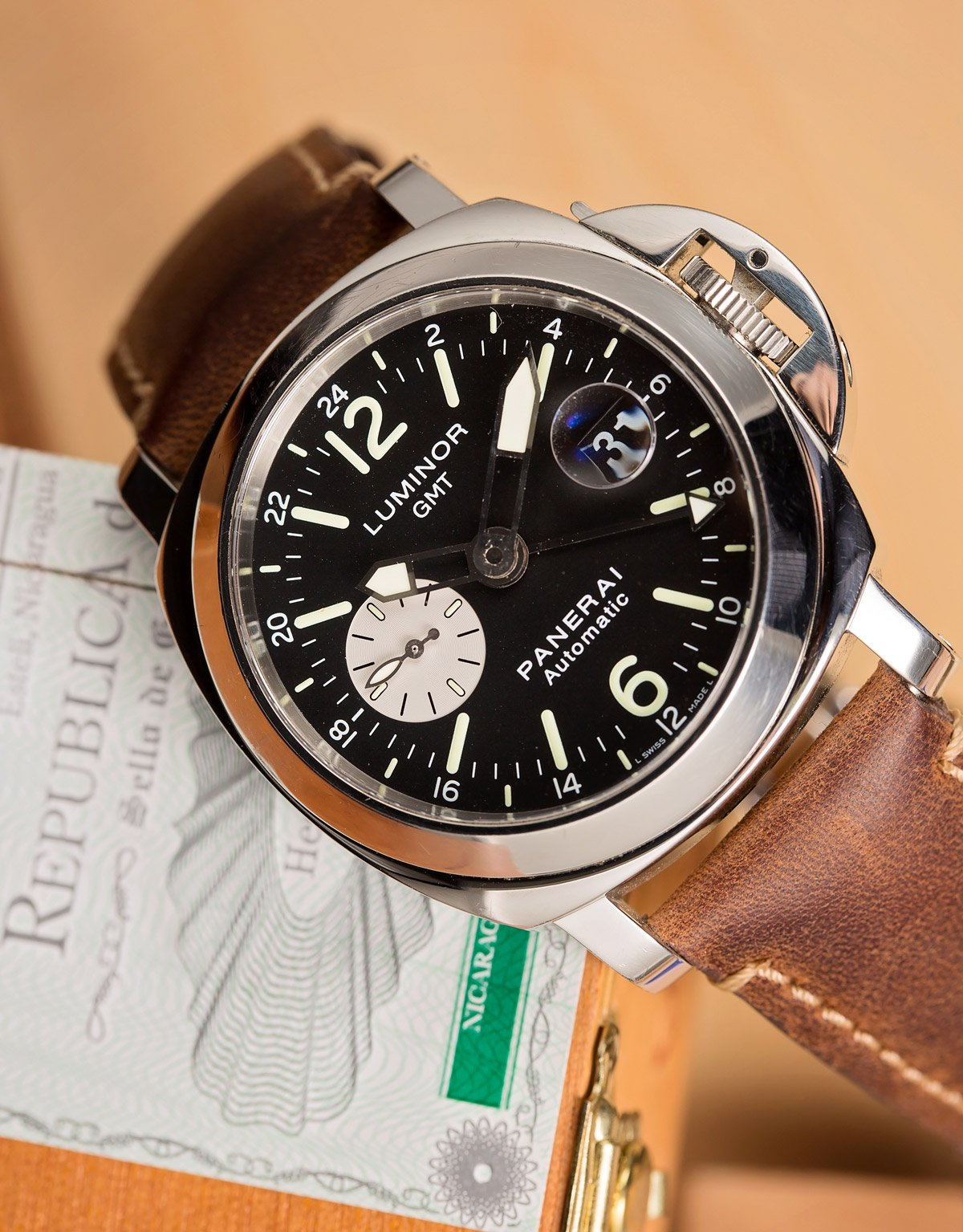 Panerai Luminor GMT Automatic Official Buying Guide