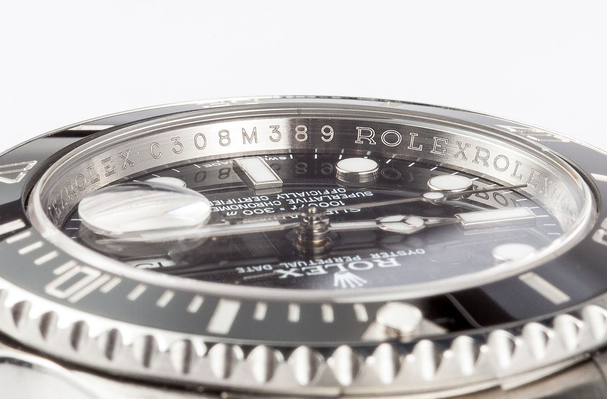 Determine Rolex Age with Serial Number Submariner Inner Bezel Engraving