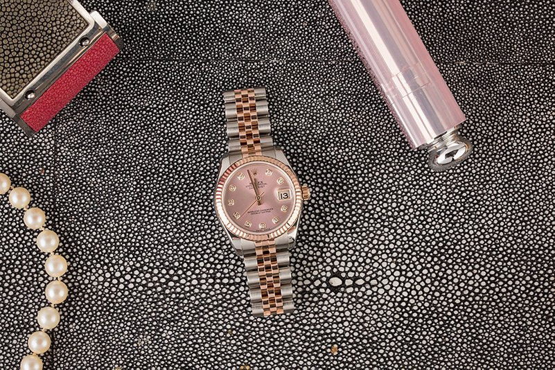 A Ladies Datejust 116092 with rose gold and stainless steel is the perfect mother's day gift