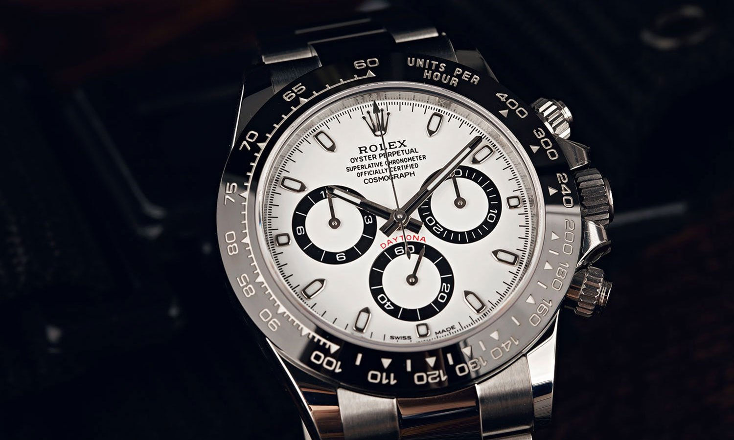 Ceramic or Steel Bezel? Rolex Daytona 116500 vs Daytona 116520