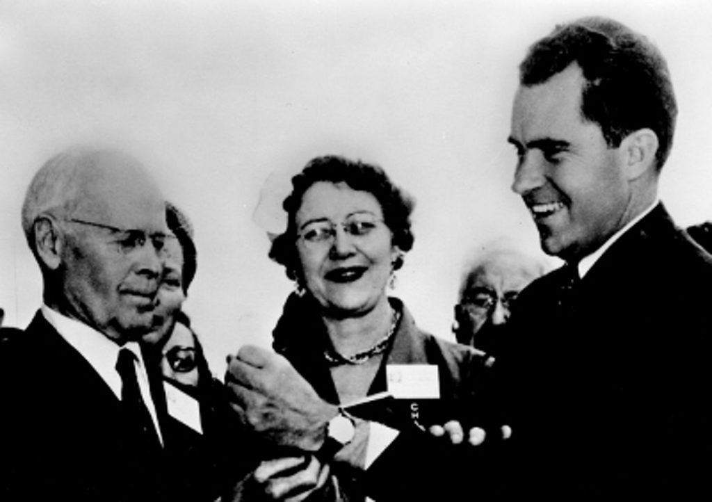 Richard Nixon receiving his Vulcain Cricket