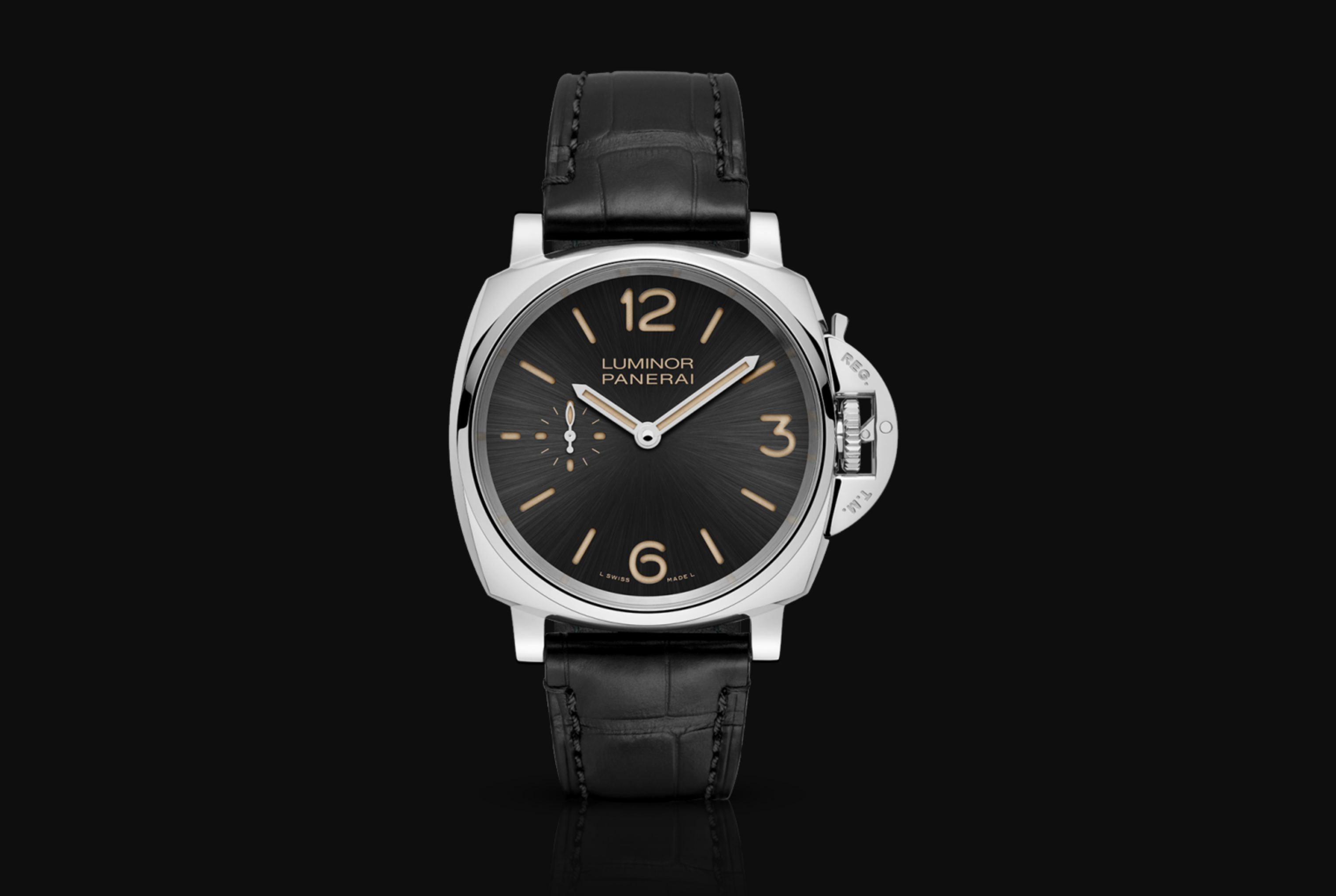 The Panerai Luminor Due features a smaller case