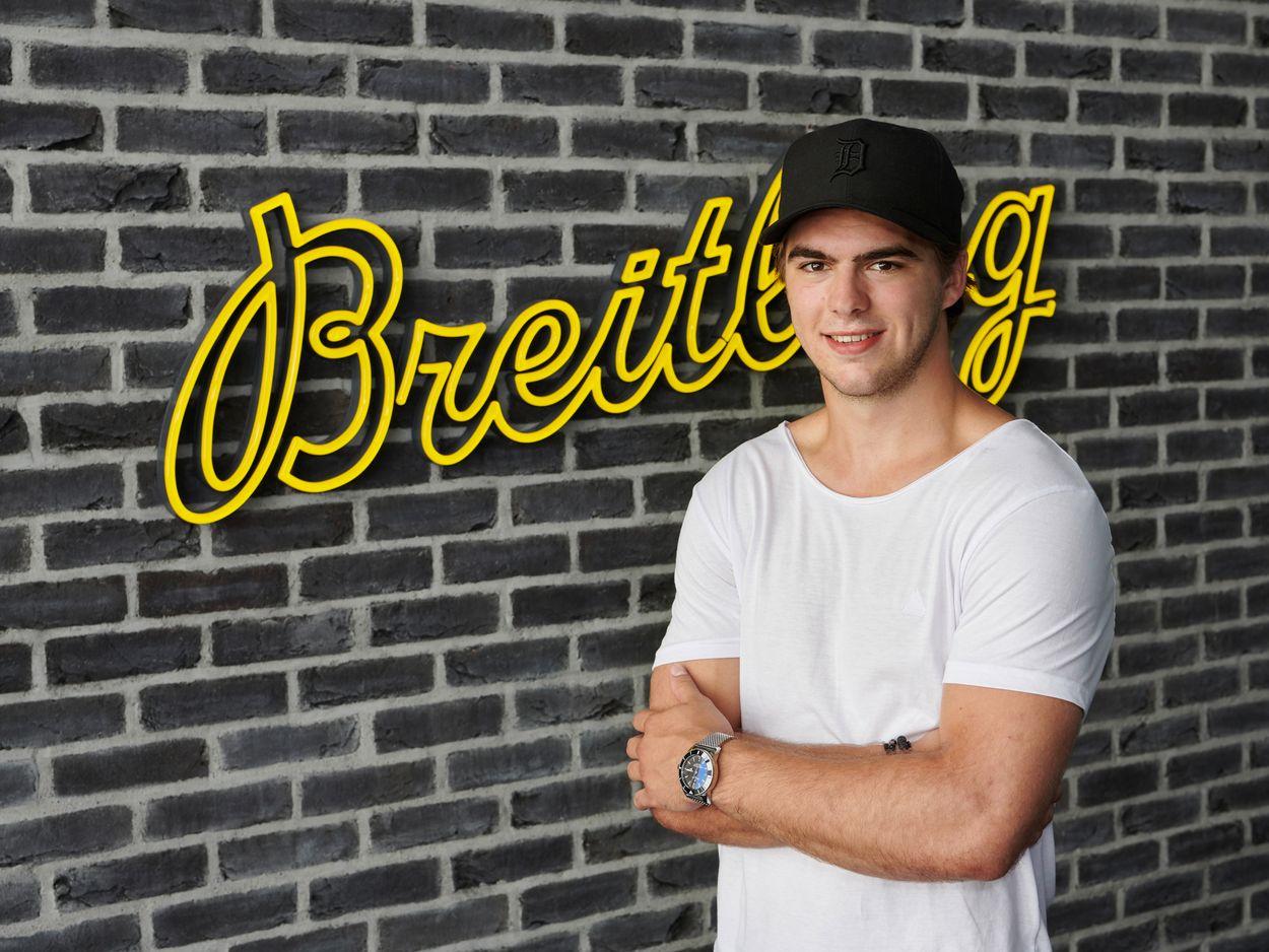 Breitling watches Hockey Nico Hischier ambassador