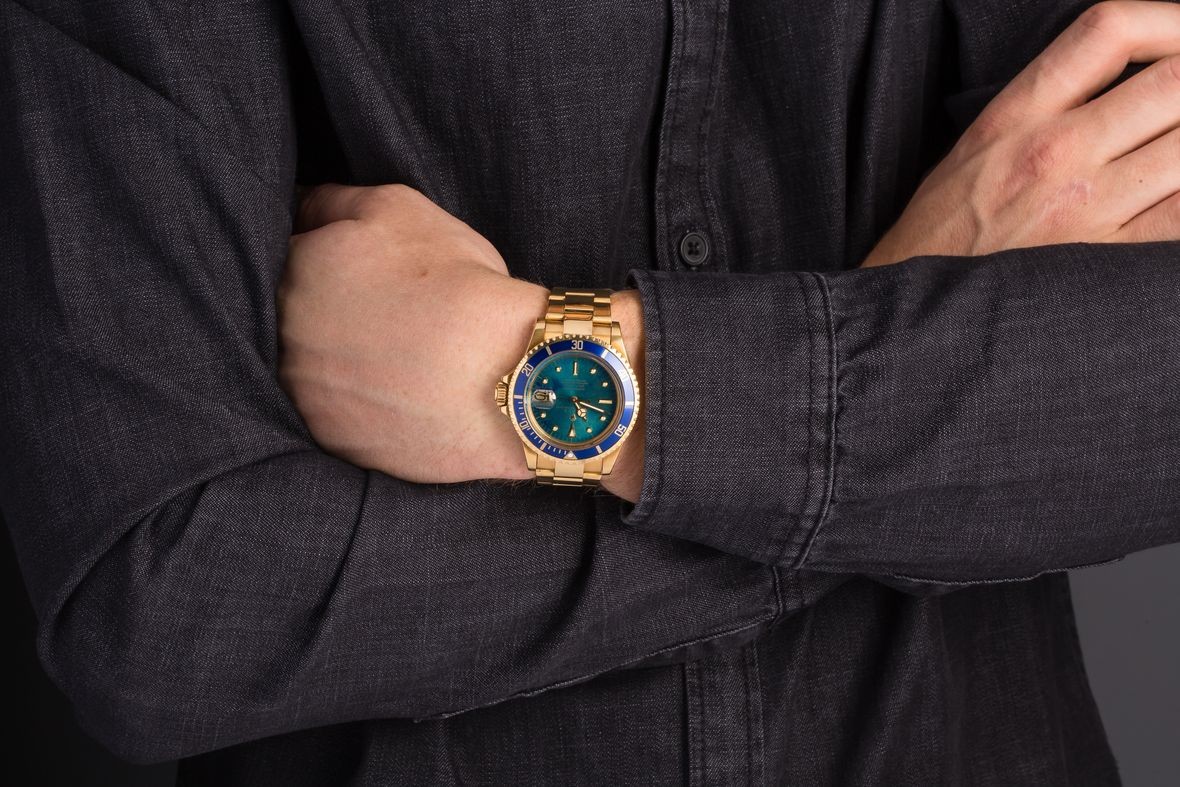 Rolex Submariner Blue Tropical Dial 1680/8 Full Gold 1680