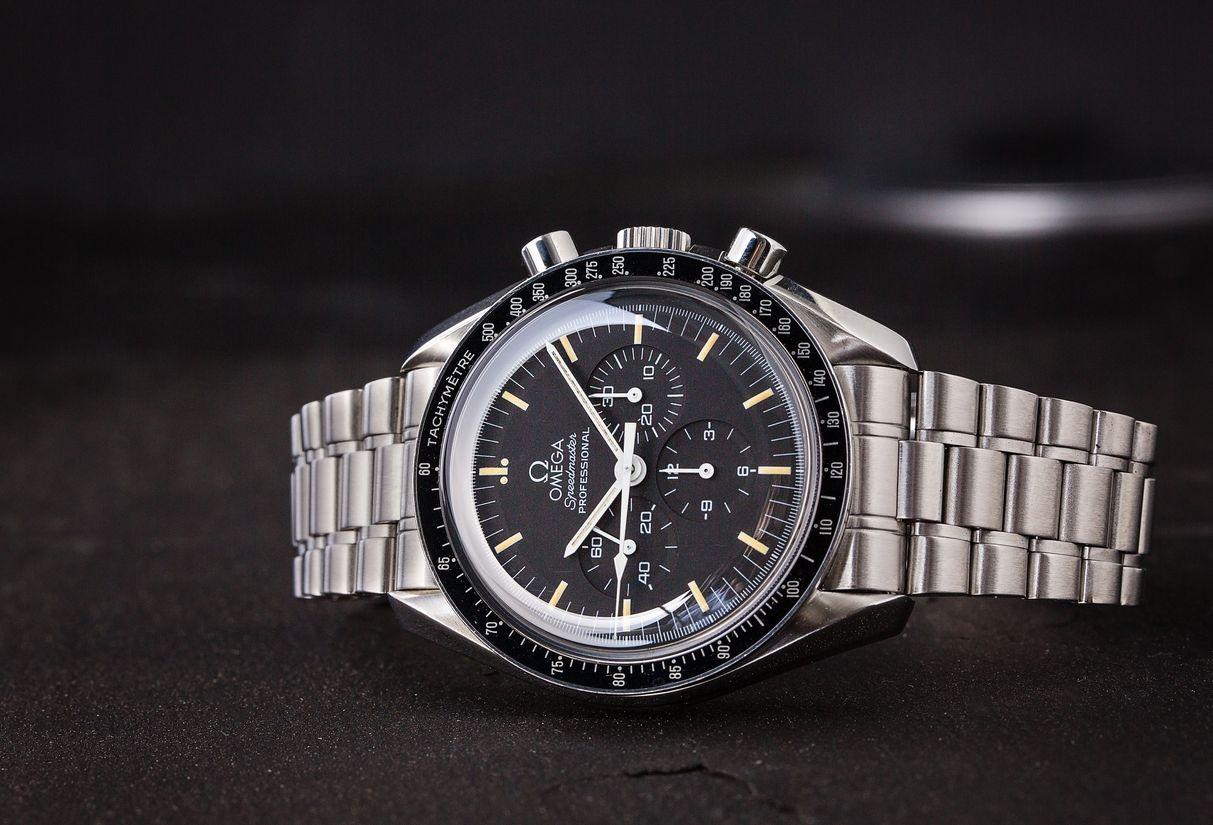 Omega Speedmaster Moonwatch vs Speedmaster '57