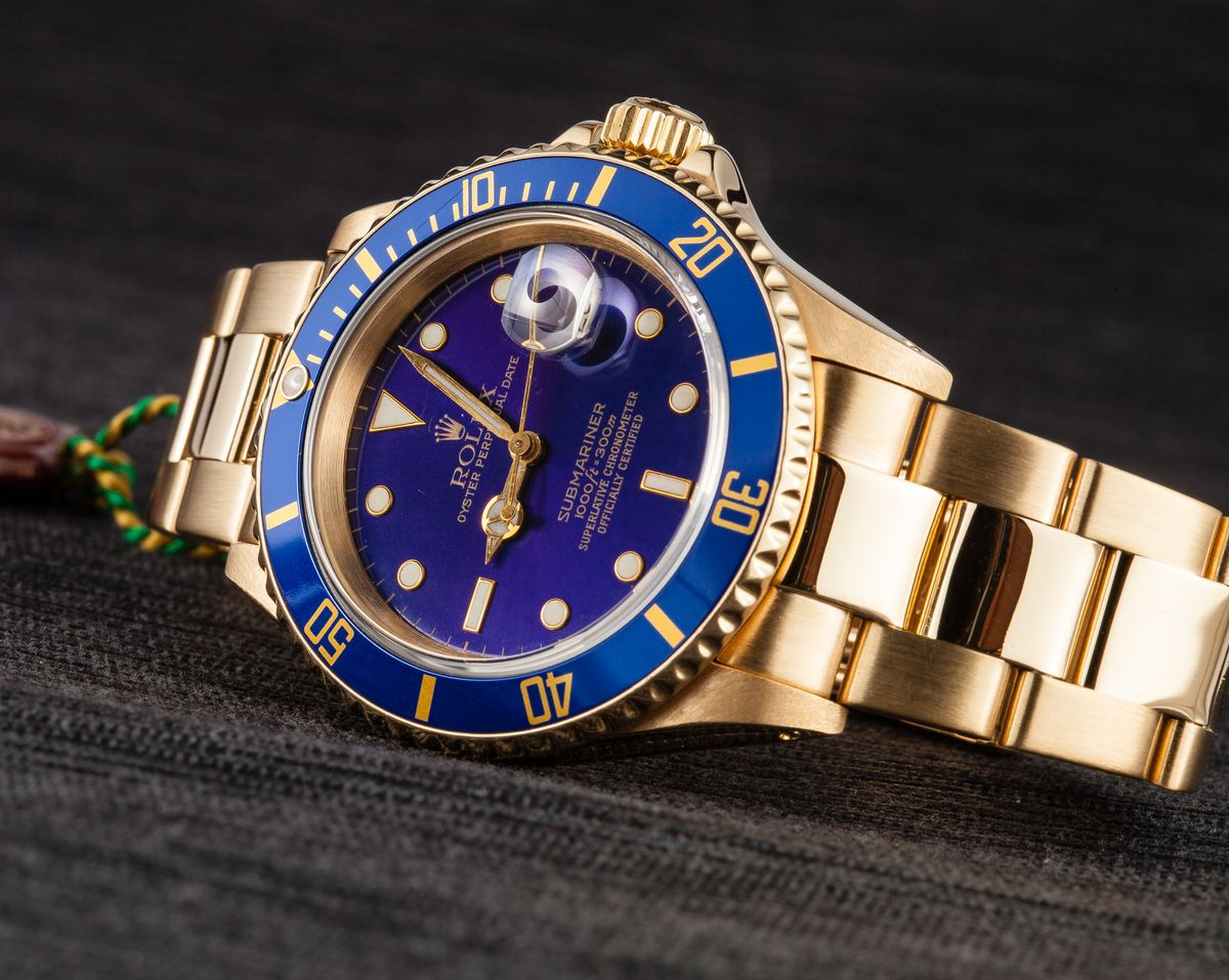 Rolex Submariner Bezels Ultimate Guide Blue Aluminum Bezel