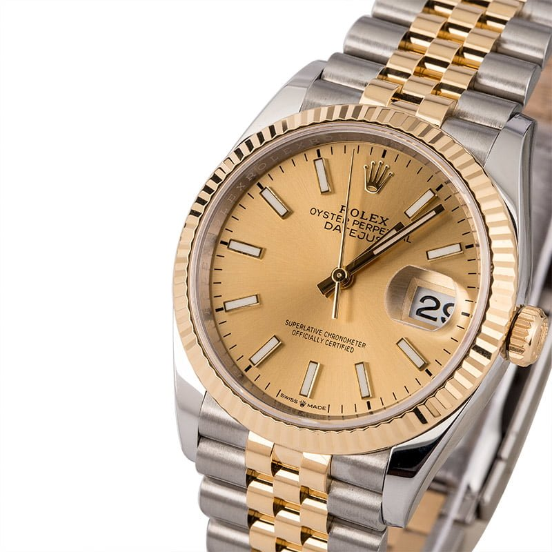 What Defines the Rolex Datejust Collection?